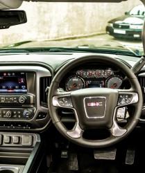 GMC 2500 dash